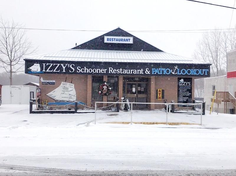 Izzy's Schooners - Exterior Winter