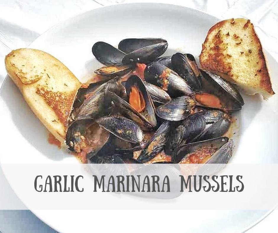 Garlic Marinara Mussels